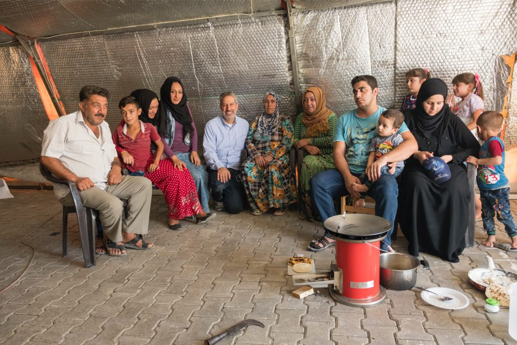 refugee oven - turkey - family